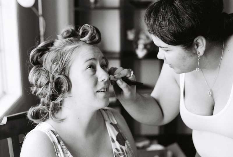 wedding getting ready shots on 35mm black and white film