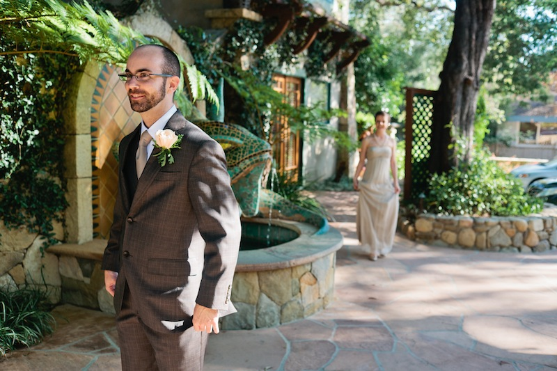 Ojai wedding photographer. First look FAQ. Is it right for me?