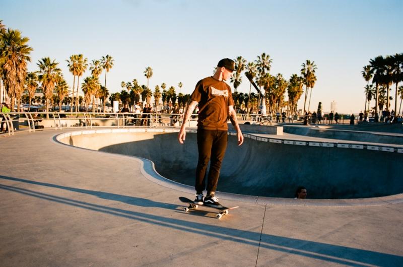 Venice_Beach_film_photographer-75