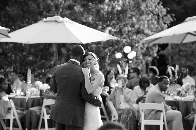 modern documentary wedding photography black and white first dance photos