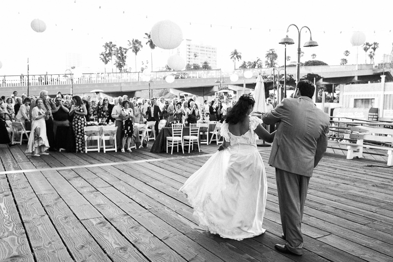 Mercedes Santa Monica >> Colorful Santa Monica Pier Wedding - Nicole + Lorry