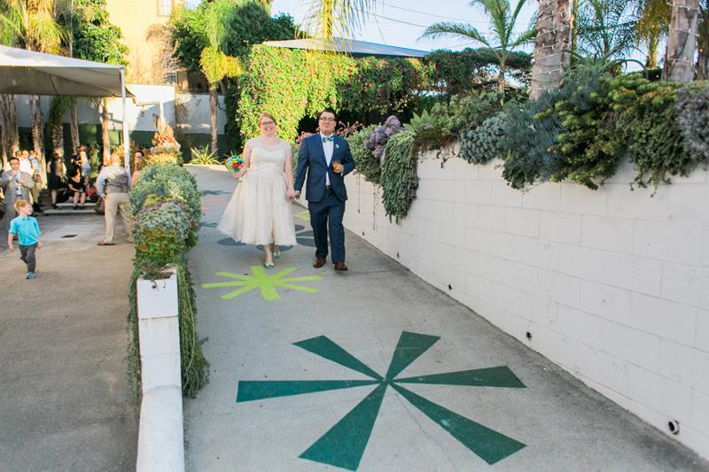 045-Studio_1342_mid_century_modern_wedding