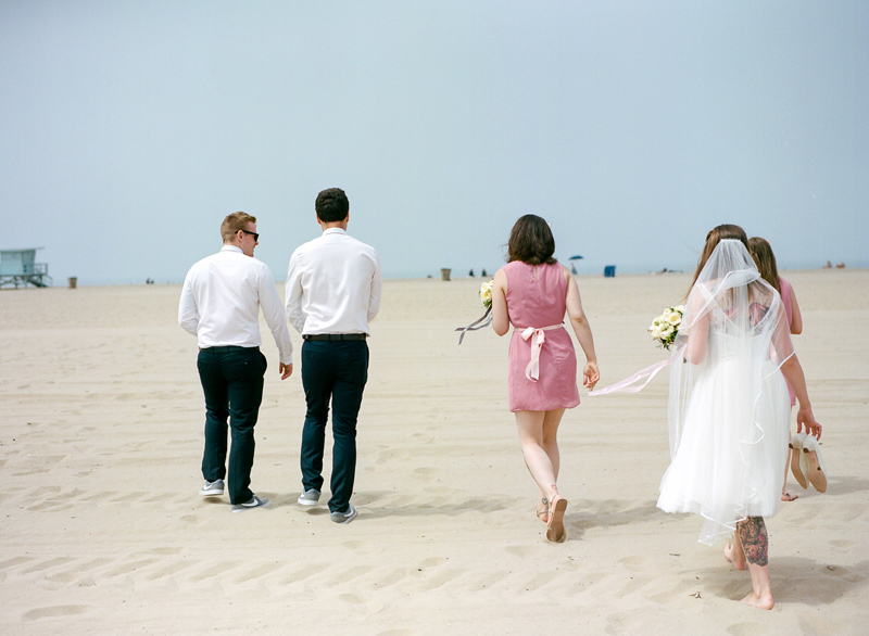 022-LA-beach-elopement-photographer