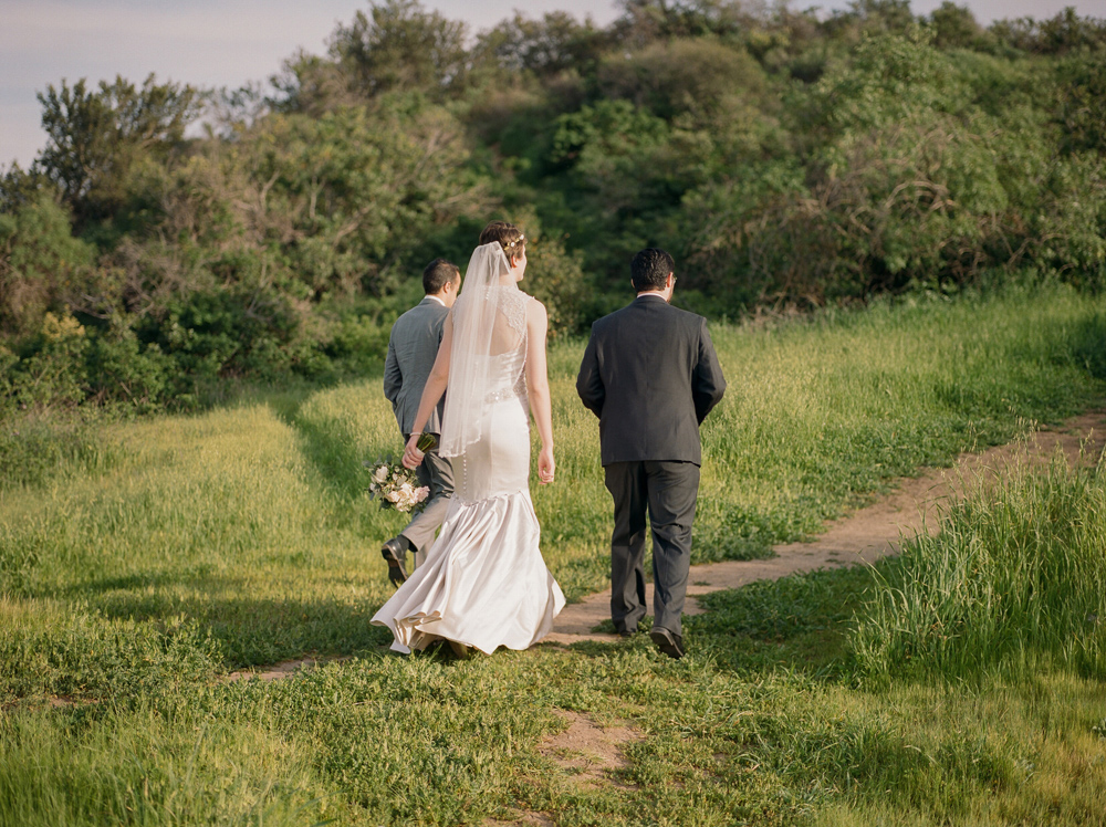 Los Angeles elopement photographer Jessica Schilling. Griffith park hike wedding on film.