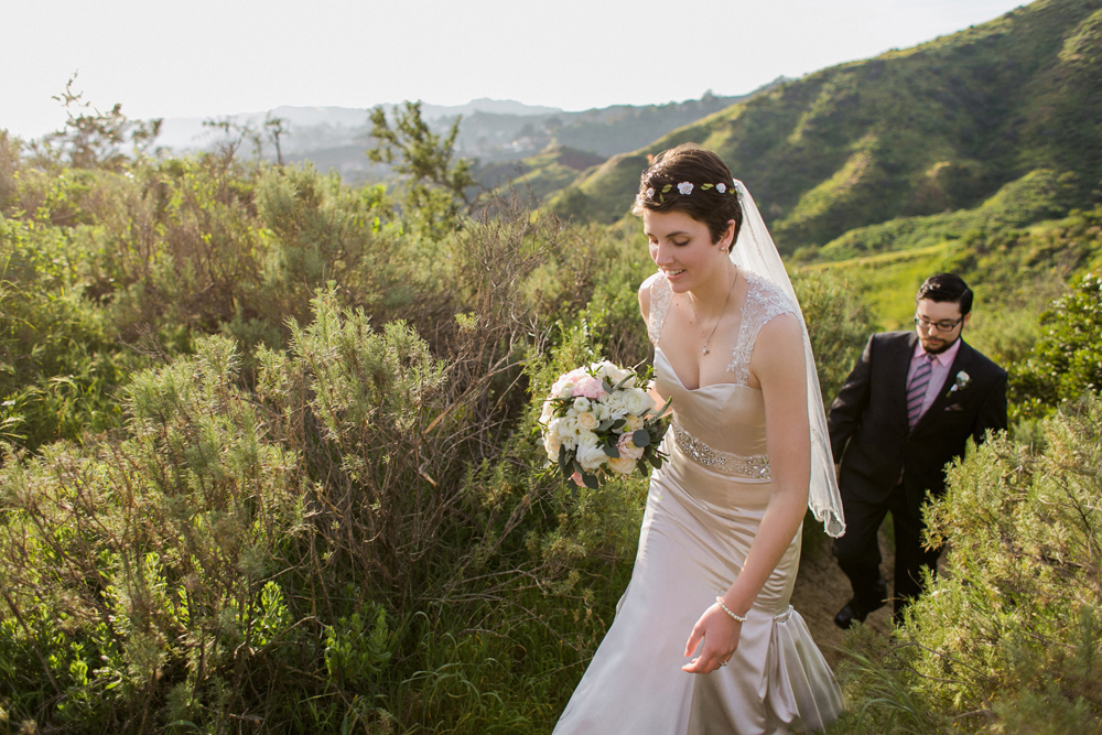 Los Angeles elopement photographer. Sunset outdoor wedding at Griffith Park.