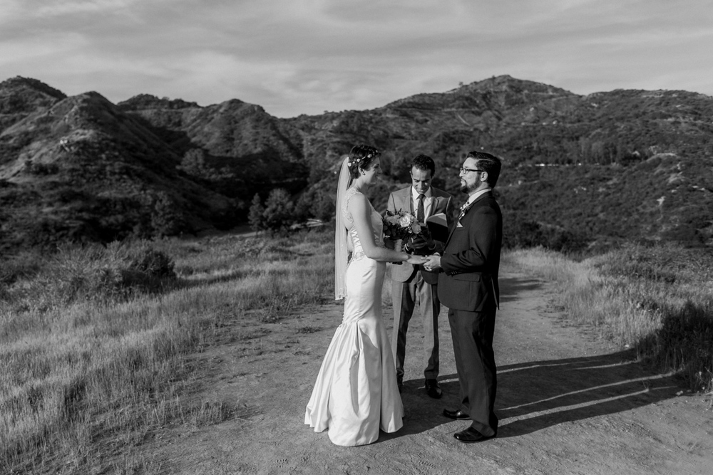 California outdoor elopement at Griffith Park in the Hollywood Hills.