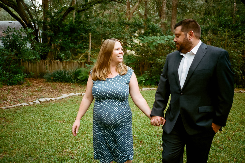 Modern outdoor maternity photos for nature-loving families
