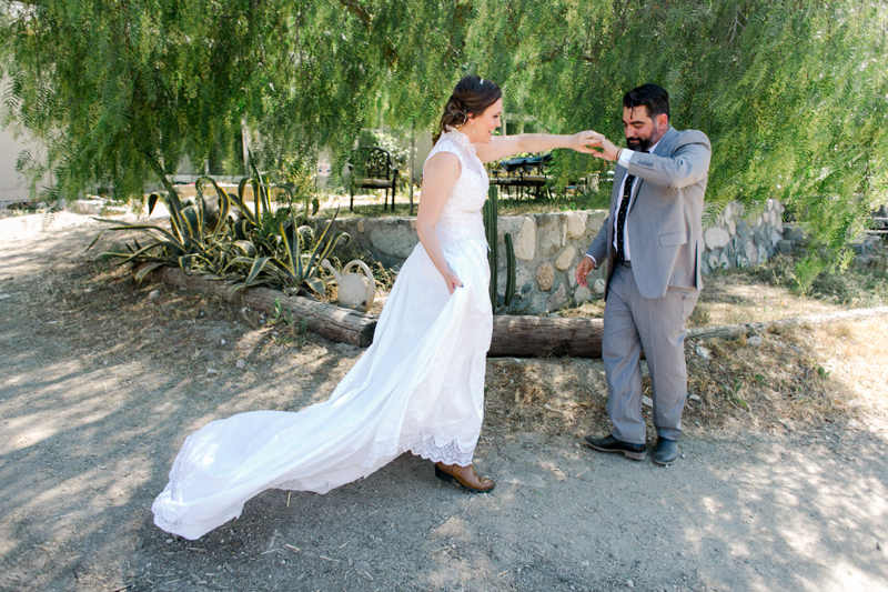 California outdoor elopement and wedding photographer Jessica Schilling